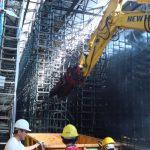 Demolizioni strutture metalliche in capannone industriale